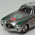 Bang:1/43スケールの300SL。1952年メキシコで開催されたCarrera Panamericanaで優勝した車のようです。Webでは便利...