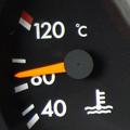 外気温34.5度、100km/h、水温約90度と順調な午前中の帰路。谷川岳PAを出発し少し走ると事故渋滞7キロ、通過に2時間と掲示板が・・・。そして...