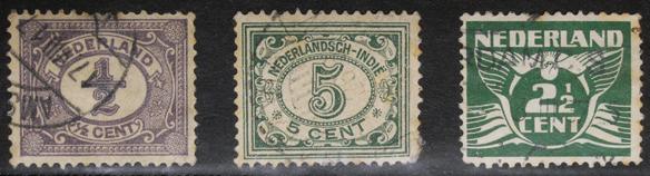 オランダ1899年発行(左)Nederlandsch- Indieは1912年植民地インドネシアで使われたようです。(中)1924年発行(右)