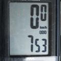 昨年9月末頃に取り付けた自転車のオドメーターが4月15日で753キロメーターになりました。 通勤は1日およそ8キロですから94日分の走行距離というこ...